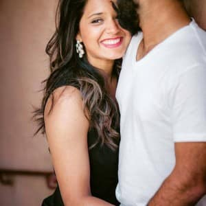 http://st1.photogallery.ind.sh/wp-content/uploads/indiacom/a-beautiful-pic-of-dipika-pallikal-with-husband-dinesh-karthik-201606-1464785985-300x300.jpg
