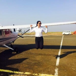 Bollywood actress Gul Panag is now a trained PILOT, here's proof if you don't believe us!