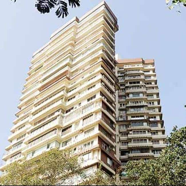 A view of cuffe parade 39 s maker chambers mumbai major for Jolly maker apartments cuffe parade