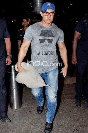 Aamir Khan spotted 'Breaking Bad' in 'Heisenberg' t-shirt, see pics