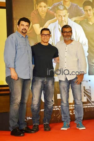 Aamir Khan launches poster of 'Dangal', see HQ pics