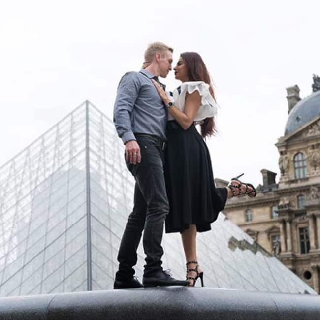 Aashka Brent Goble S Dreamy Wedding Pictures Bandagi: Aashka And Brent Give Out Some Serious Relationship Goals
