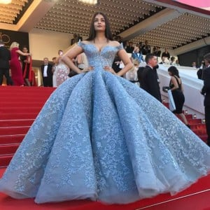 Cannes 2017: Aishwarya Rai Bachchan makes a dazzling appearance at the red carpet of Cannes Film Festival 2017