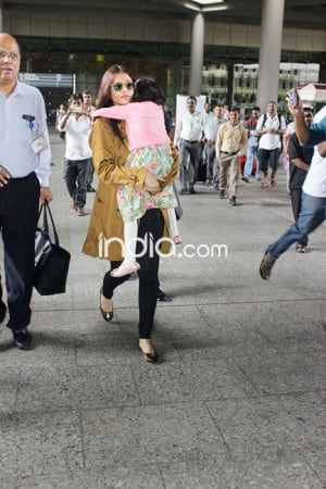 Aishwarya Rai Bachchan is back from her London holiday with daughter Aaradhya, see HD pics