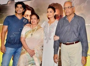 Aishwarya Rai Bachchan attends Jazbaa special screening with parents