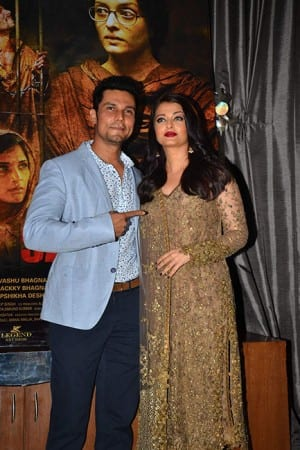 Aishwarya, Randeep and cast celebrate the success of 'Sarbjit', see pics!