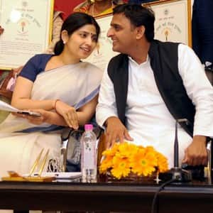 Sneak- peek into the love story of Akhilesh Yadav and Dimple Yadav