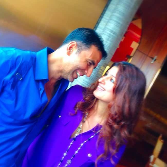 Akshay Kumar Twinkle Khanna Celebrates 16 Years Of