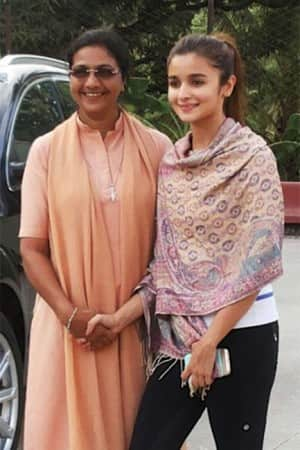 Check out exclusive pictures from sets of Badrinath Ki Dulhania