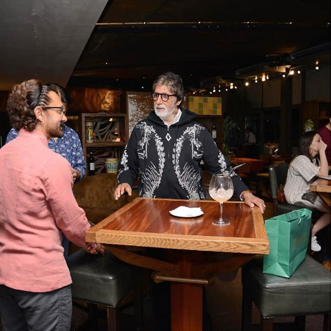 Amitabh Bachchan   s candid moment with Aamir Khan on sets of Thugs of Hindostan