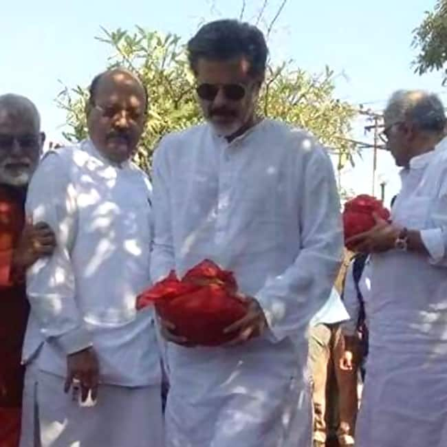 Anil Kapoor at Sridevi   s ashes immersion ceremony in Haridwar