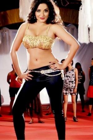 7 times Bigg Boss 10 contestant Antara Biswas aka Mona Lisa slayed us with her BOLD appearances!