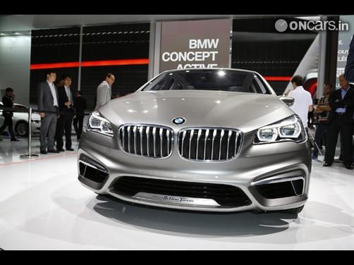 BMW Active Tourer Concept revealed 2012 Paris Motor Show img5 | BMW ...