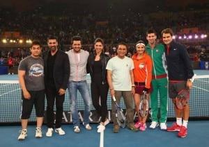 Roger Federer meets Aamir Khan, Deepika Padukone, Akshay Kumar and Sunil Gavaskar at IPTL