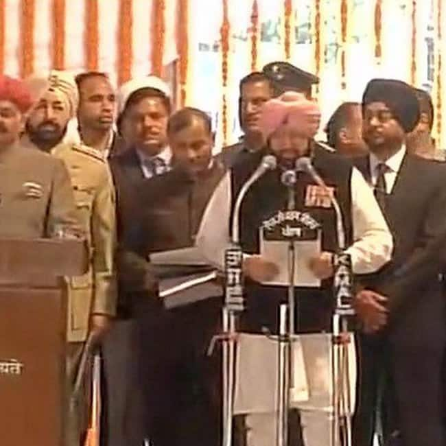 Captain Amarinder Singh takes oath as 26th Chief Minister of Punjab