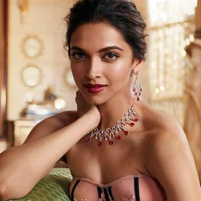 Deepika padukone hot and sexy images