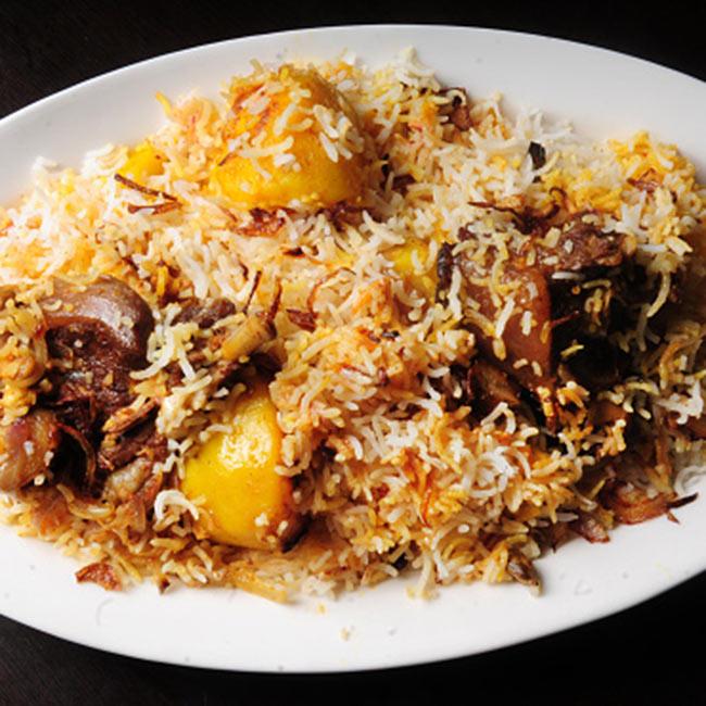 Eat kolkata mutton biryani during durga puja durga puja 2016 10 eat kolkata mutton biryani during durga puja forumfinder Choice Image