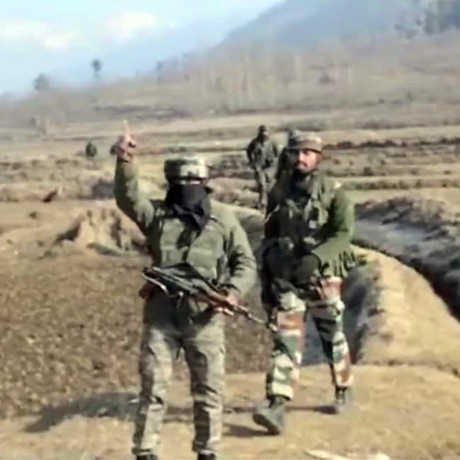 Encounter between security forces and terrorists at Anatnag in J K