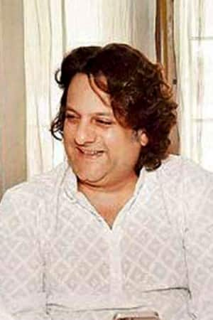 This is what Bollywood actor Fardeen Khan has done to himself, see pics!
