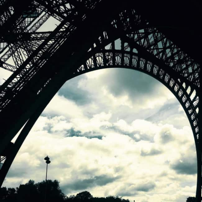 Farhan Akhtar shares a picture of Eiffel Tower