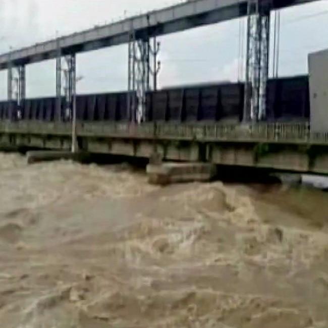 Flood scene detoriates in Bihar