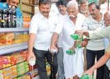 Tamil Nadu traders boycott Pepsi, Coke in state, FTNTA promotes national cola brands!