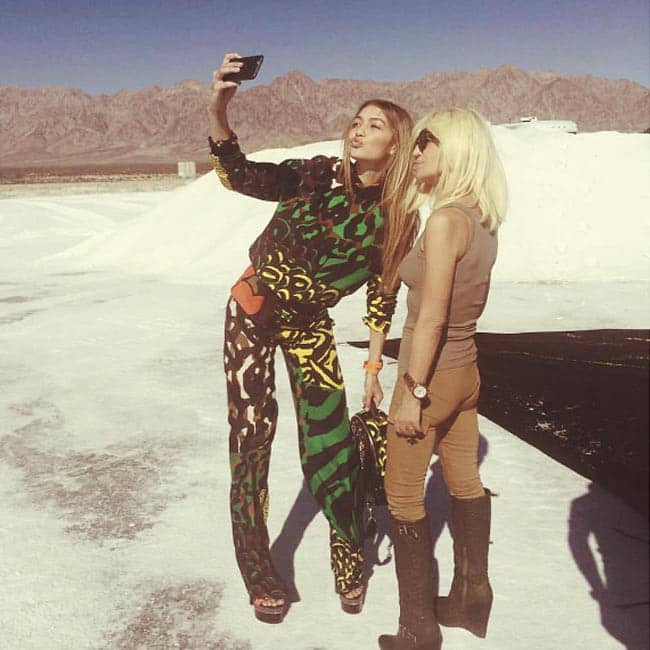 Gigi hadid with donatella versace amid mountains gigi for Donatella versace beach