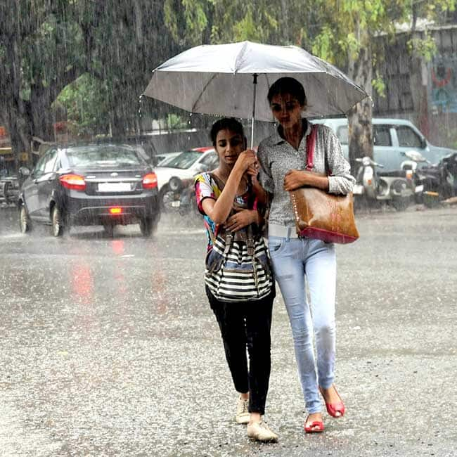 Girls In Delhi Enjoying Rains Rain Lashes In Parts Of