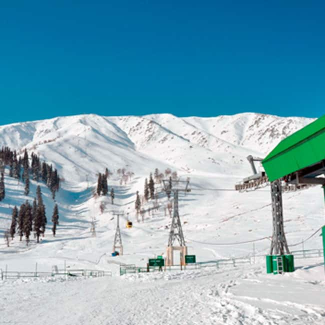 Gulmarg is the best place to visit in the month of for Best vacation places in february