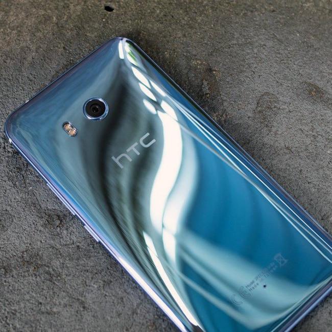 HTC U12 display features