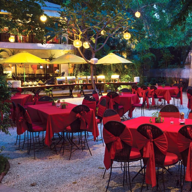 Impress Your Valentine At Lodi The Garden Restaurant In Lodi Garden 8 Places Where You Can
