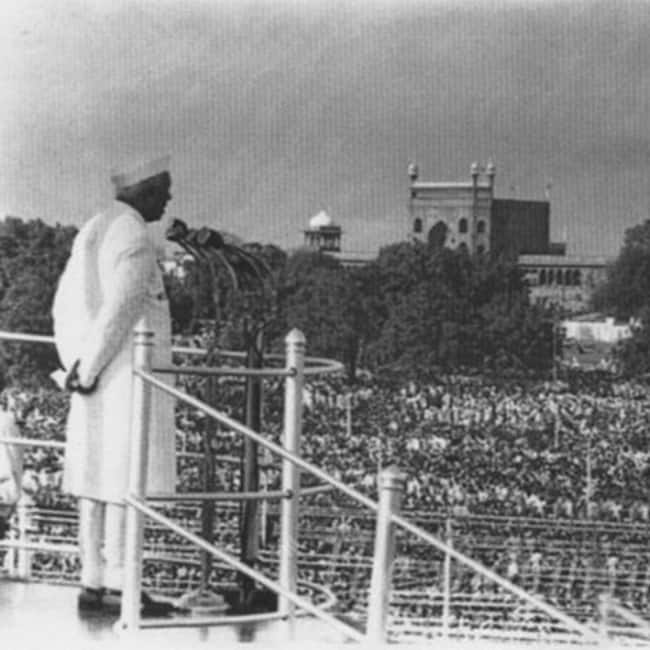 Quotes On Independence Day By Jawaharlal Nehru: PHOTOS: First Independence Day Celebrations In India
