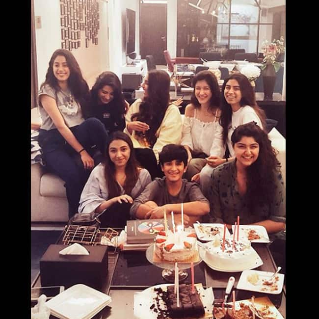 Jhanvi Kapoor with Sonam Kapoor  Anshula Kapoor and friends on her 21st birthday