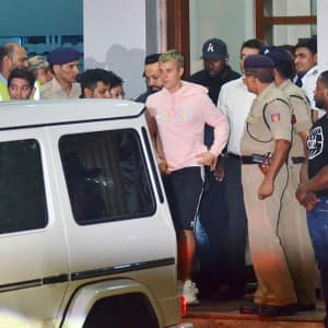 Finally! Justin Bieber arrives in Mumbai amid stringent security, see HQ pics