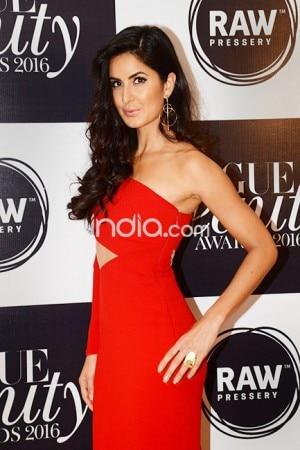 Katrina Kaif was a hot siren during Vogue Beauty Awards 2016, see HQ pics