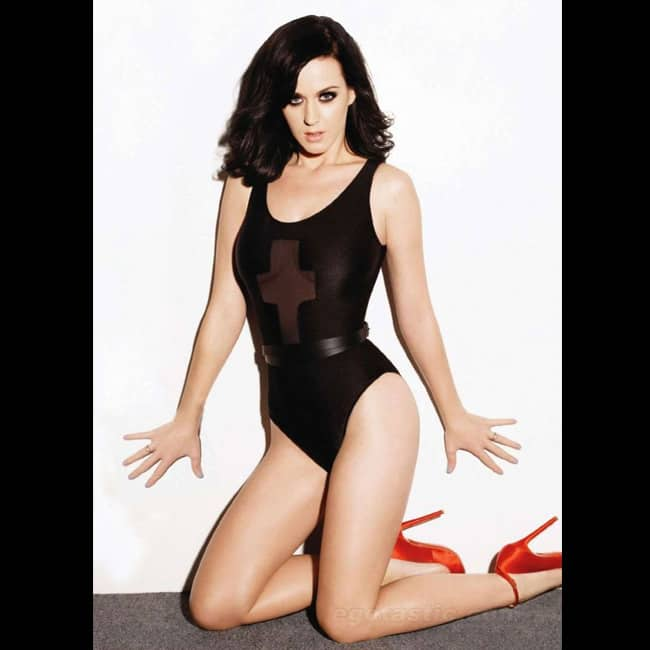 Katy Perry looks luscious in sexy HD shoot