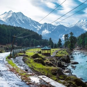 9 best places to enjoy snow in February in India