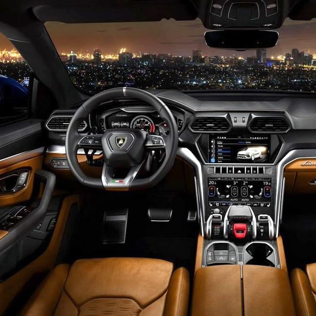 Lamborghini Urus Suv Can Hit 0 100 Kmph In 3 6 Seconds Lamborghini Unveils Urus Suv Check Out