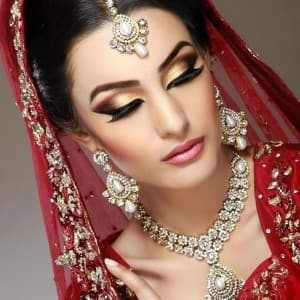 Winter Special: Here are some tips for the winter bride to look flawless on their big day