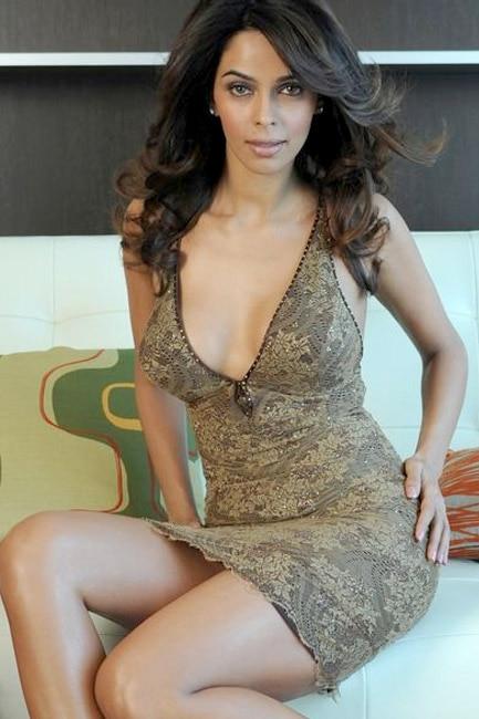 Rock! mallika sherawat sexy image submissive wife