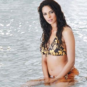 Mallika Sherawat bikini and swimwear pictures da25e8167