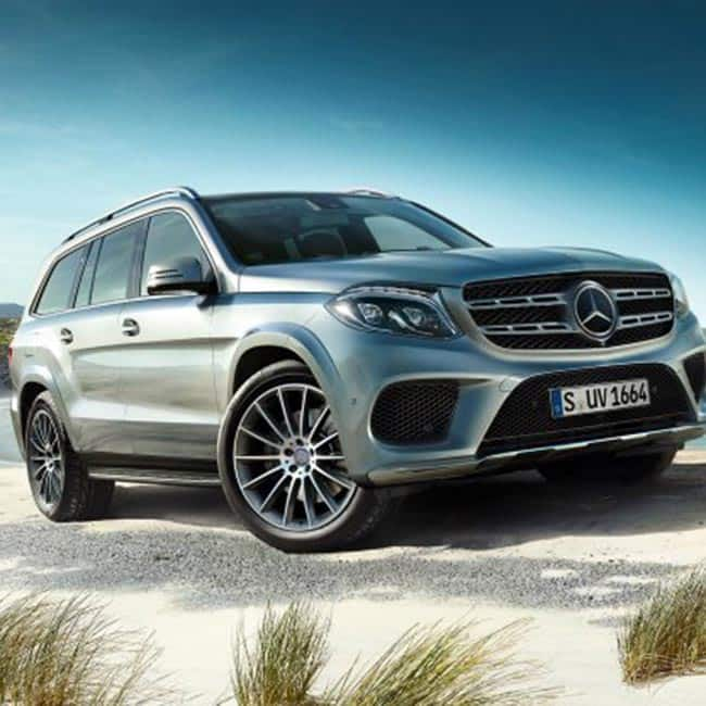 Mercedes gls suv comes with body coloured door handles for Mercedes benz suv india