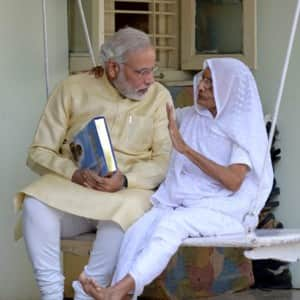 9 pictures of PM Narendra Modi proving that he is a Mumma's Boy!