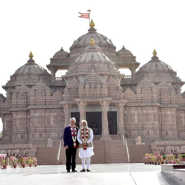 Narendra Modi with Australian PM Malcolm Turnbull at Akshardham temple