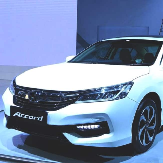 honda accord hybrid launched in india for rs 37 lakh autos post. Black Bedroom Furniture Sets. Home Design Ideas