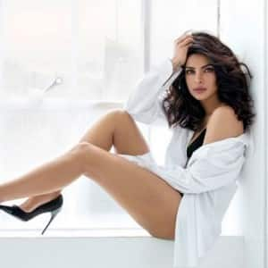 Priyanka Chopra hot and sexy pictures