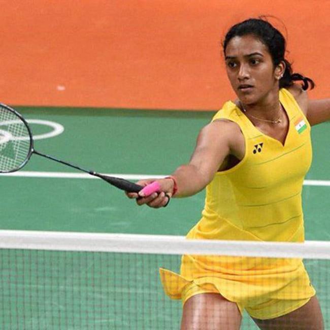 PV Sindhu loses to Carolina Marin in PBL 2017 opener match