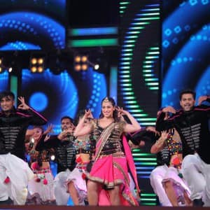 Inside pics of IIFA Utsavam 2017 give a sneak-peek into performances and awards!