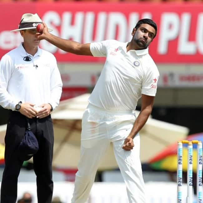 Ravichandran Ashwin clinches Glenn Maxwell   s wicket in 94th over