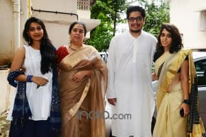 Aamir Khan celebrates Eid at mother residence with former wife Reena and children